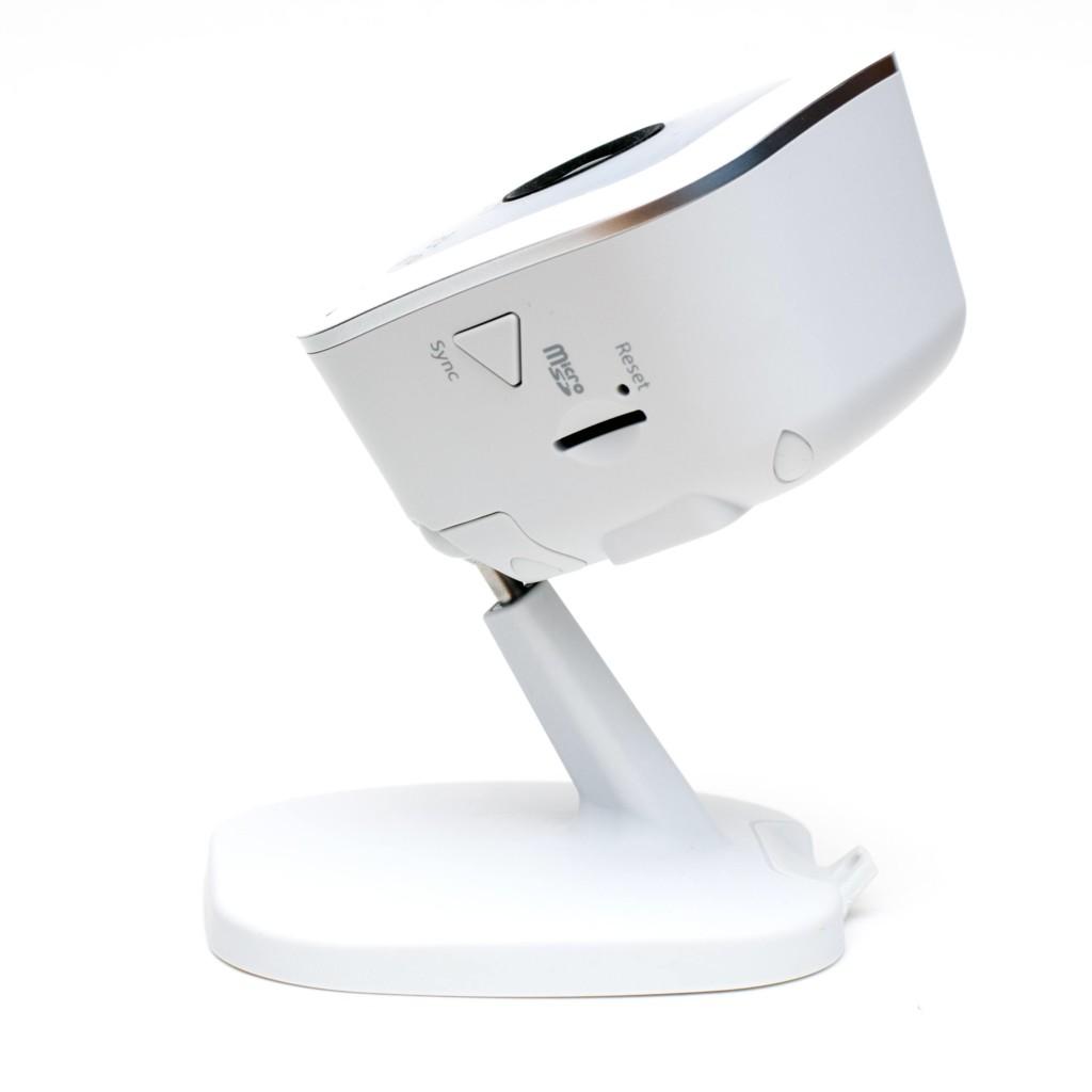 Arlo Q Plus - Flexibles Kugelgelenk